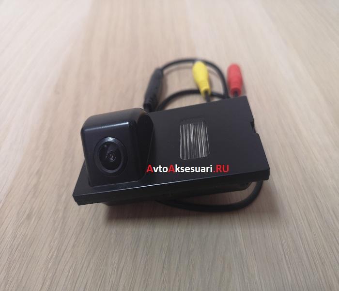Камера заднего вида Freelander 2